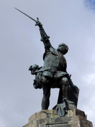 Statue de Sampiero Corso à Bastelica Source : Grandmont J.-P